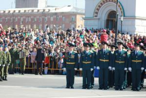 9 мая в Омске 10