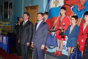 Межрегиональный турнир по самбо памяти Петровых 10